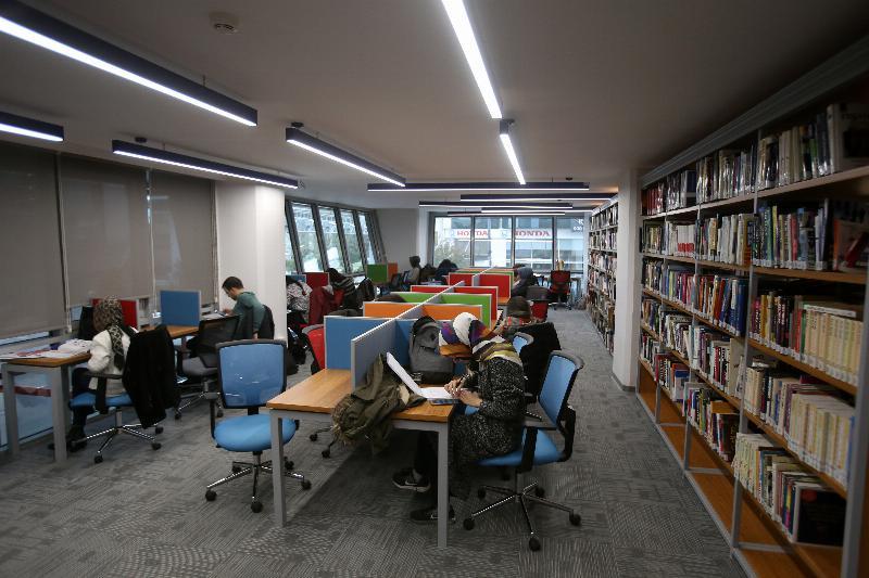 İletişim Fakültesi Namık Kemal Kütüphanesi hizmete açıldı