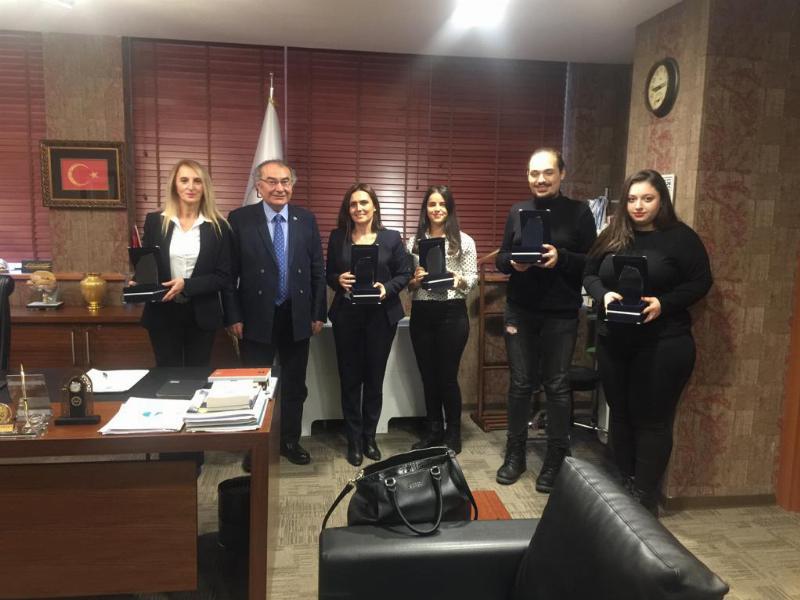 Prof. Dr. Nevzat Tarhan iletişimcileri tebrik etti