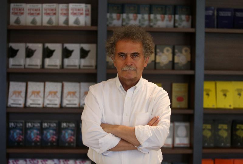 Prof. Dr. Osman Çerezci cep telefonu kullanımı konusunda uyardı!