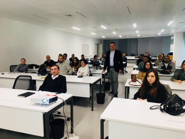 Üsküdar Üniversitesi ile Üsküdar Belediyesi Genç Girişimcileri Destekliyor 2