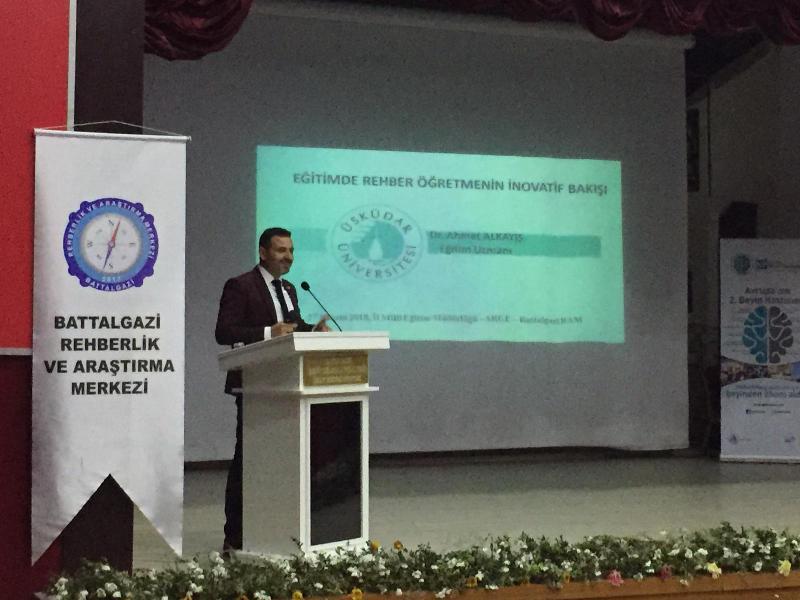 Üsküdar Üniversitesi Malatya'da rehber öğretmen ve öğrencilerle buluştu 3
