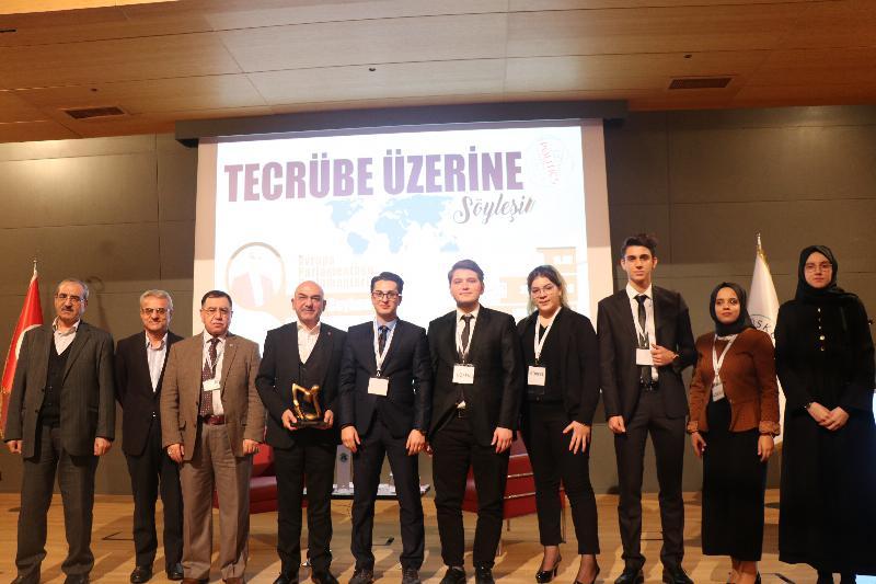 Parlamenter Ozan Ceyhun Üsküdar Üniversitesinde 5