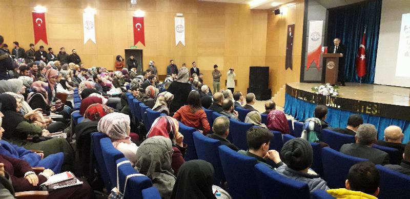 Prof. Dr. Nevzat Tarhan'dan Muş ve Bitlis'te iki konferans