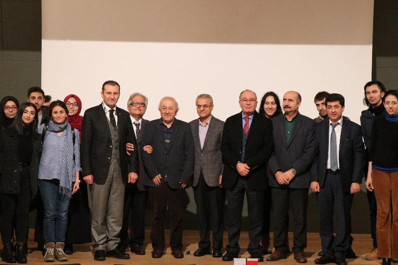 Prof. Dr. Hüsrev Hatemi Türk Toplumunda Yunus Emre ve Mevlana Etkisini Anlattı 4