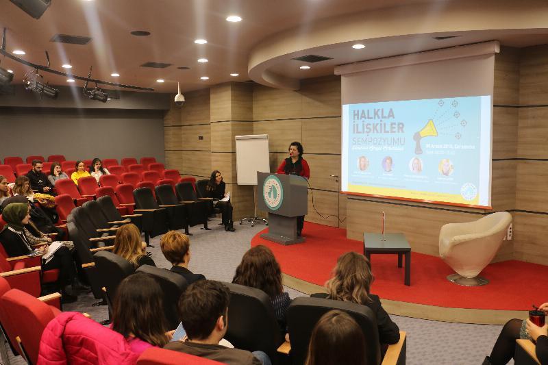"""Halkla İlişkiler Sempozyumunda """"Kurumsal Sosyal Sorumluluk"""" ele alındı"""