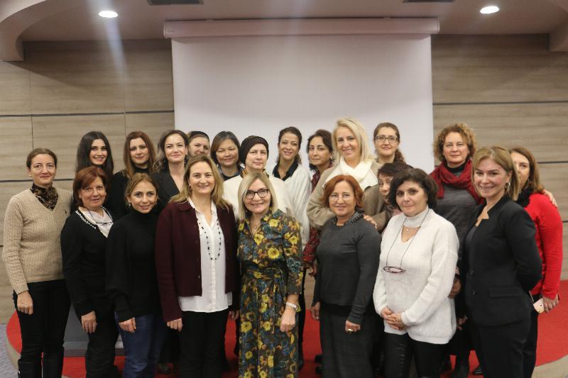 """Halkla İlişkiler Sempozyumunda """"Kurumsal Sosyal Sorumluluk"""" ele alındı 12"""