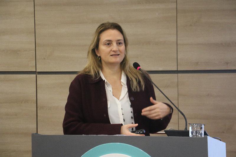 """Halkla İlişkiler Sempozyumunda """"Kurumsal Sosyal Sorumluluk"""" ele alındı 8"""