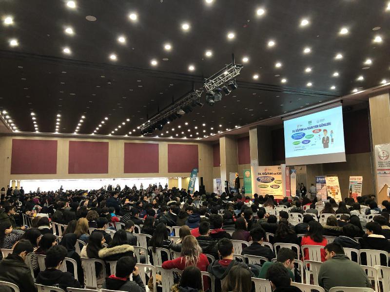 Atasoy ve Arıboğan'ı 5 bin öğrenci dinledi 3