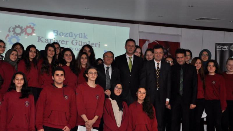 Prof. Dr. Muhsin Konuk Bozüyük'te öğrencilerle buluştu 4