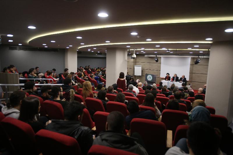 Rektör buluşmalarının ilki İletişim öğrencileriyle yapıldı
