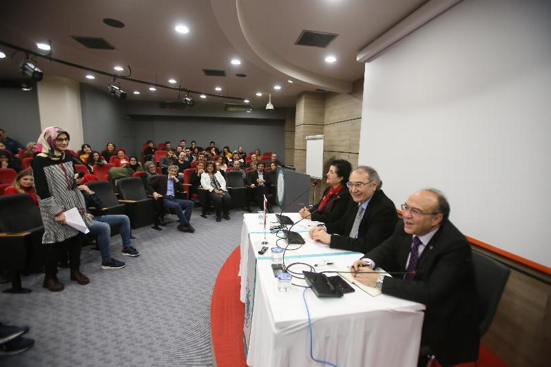 Rektör buluşmalarının ilki İletişim öğrencileriyle yapıldı 4