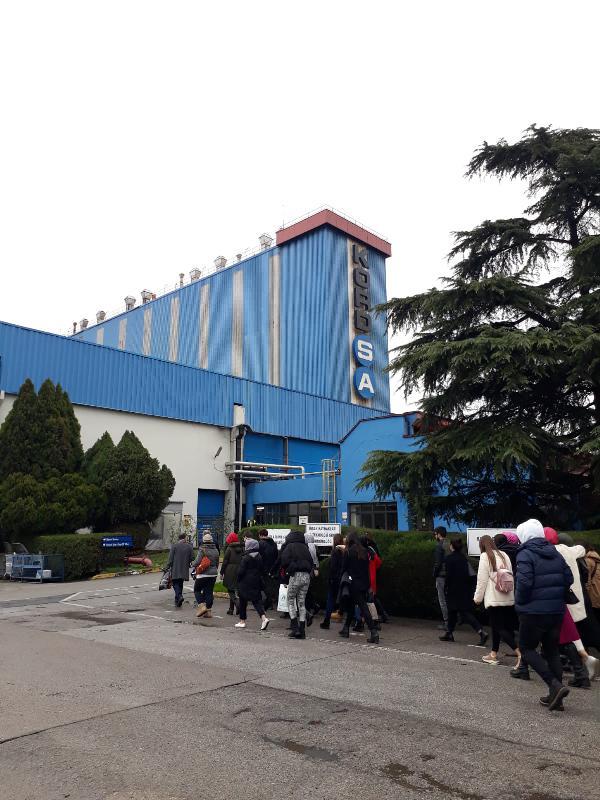 Üsküdarlı öğrenciler İzmit KORDSA'yı ziyaret etti