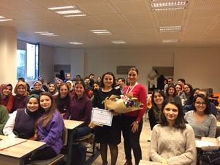 Yöneticilik ve Liderlik kavramları Üsküdar Üniversitesinde ele alındı