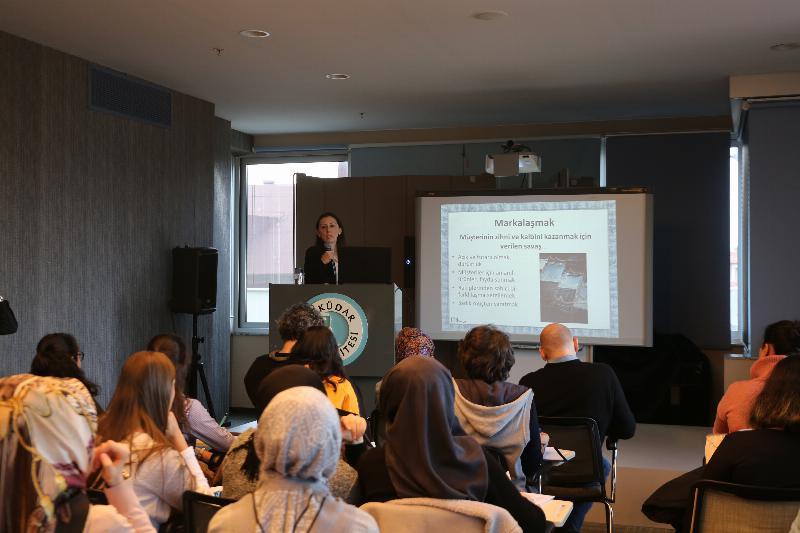 MDBF Bölüm seminerlerinin ikincisinde moda ve e-ticaret konuşuldu