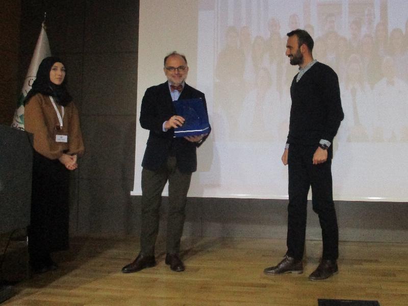 """Prof. Dr. Mutlu Arat: """"Türkiye'de yapılan transplant sayısı dünyaca kabul ediliyor"""" 2"""