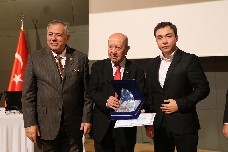 """Üsküdar Üniversitesinde """"Kıbrıs ve Ege Adaları sorunu"""" konuşuldu 4"""