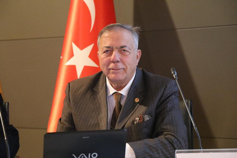 """Üsküdar Üniversitesinde """"Kıbrıs ve Ege Adaları sorunu"""" konuşuldu 3"""