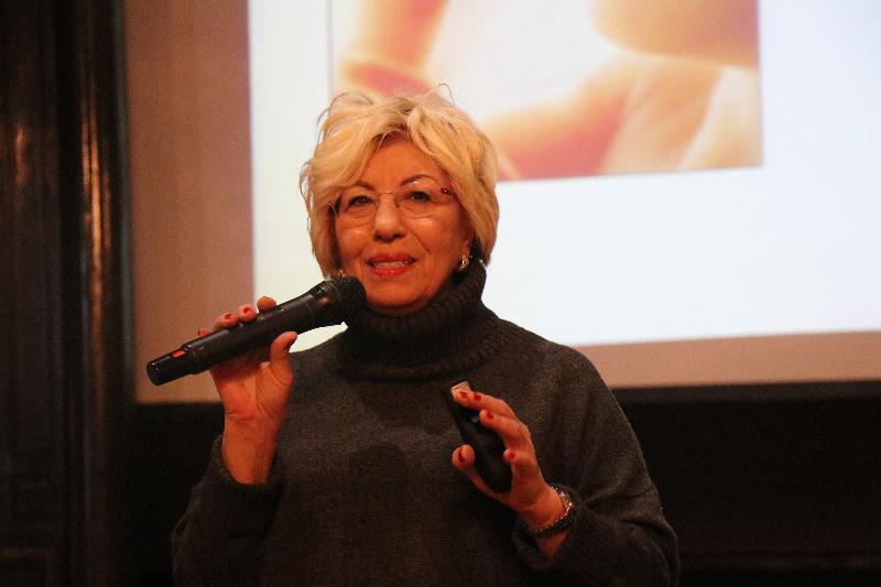 Prof. Dr. Sevil Atasoy İstanbul Erkek Lisesinde öğrencilerle buluştu 2