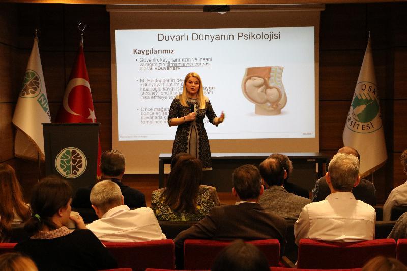 Prof. Dr. Deniz Ülke Arıboğan NPİSTANBUL Beyin Hastanesinde