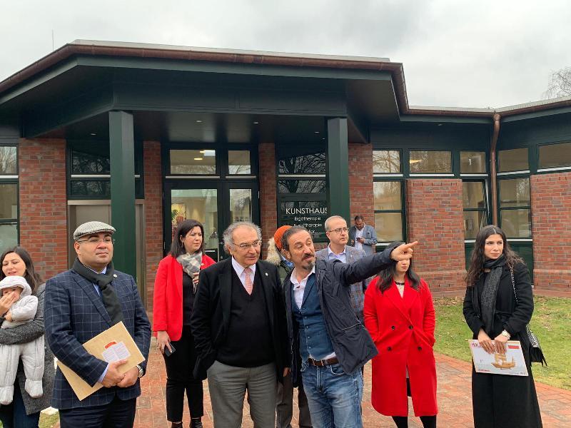 Prof. Dr. Nevzat Tarhan Almanya'da göç kliniğini ziyaret etti 3
