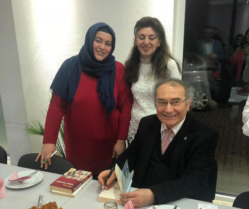 Prof. Nevzat Tarhan visited migration clinic in Germany 4