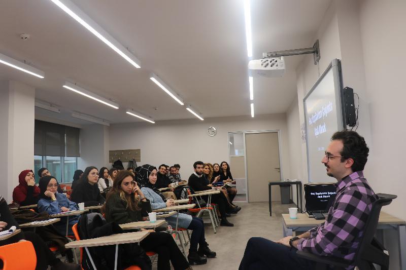 """Üsküdar Üniversitesinde """"İlişkilerin Bilinmeyenleri"""" ele alındı 4"""