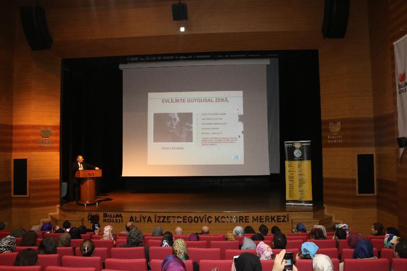 """Prof. Dr. Nevzat Tarhan;  """"Ailede altın kural: 4S!"""""""