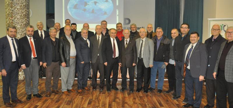 """Prof. Dr. Nevzat Tarhan'dan Kocaeli'nde """"Bilinçli Aile Olmak"""" Konferansı 3"""