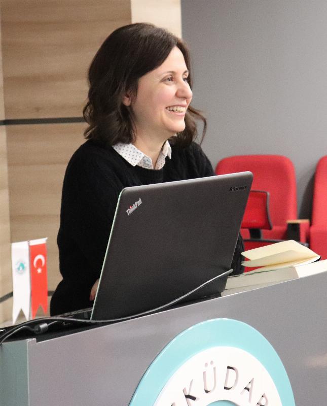 Bahar Döneminin ilk iletişim semineri gerçekleştirildi