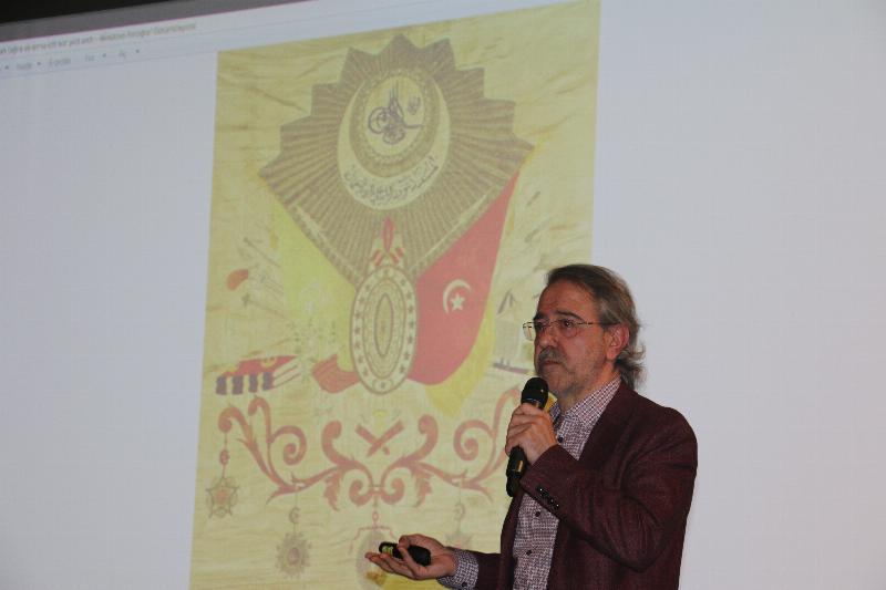 Üsküdar Üniversitesinde Abdülhamid Han ve Gençlik konuşuldu 3