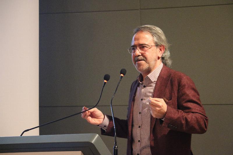 Üsküdar Üniversitesinde Abdülhamid Han ve Gençlik konuşuldu 2