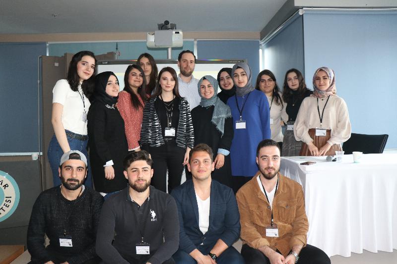Üsküdar Üniversitesinde Start-Off Tedarik Zinciri konferansı gerçekleşti 3