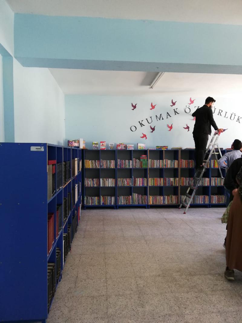 Düzceli öğrenciler kitaplarına kavuştu! 2