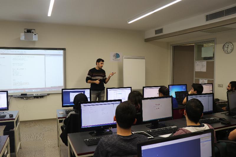 Öğrencilere C#101eğitimi verildi 2