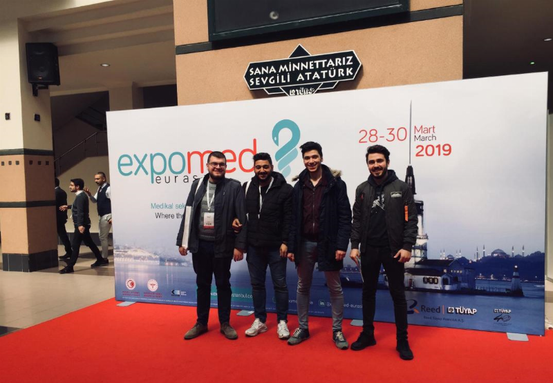 Üsküdar Üniversitesi öğrencileri 26. Expomed Eurasia fuarına katıldı