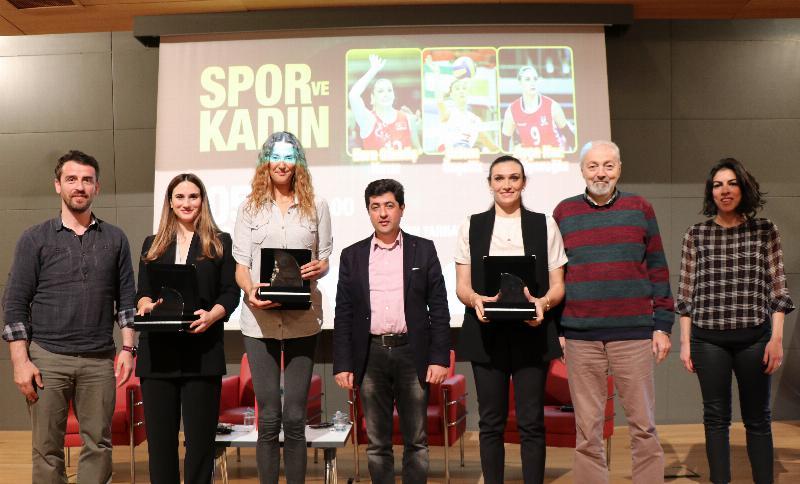 Milli takım voleybol oyuncuları Üsküdar'da 6