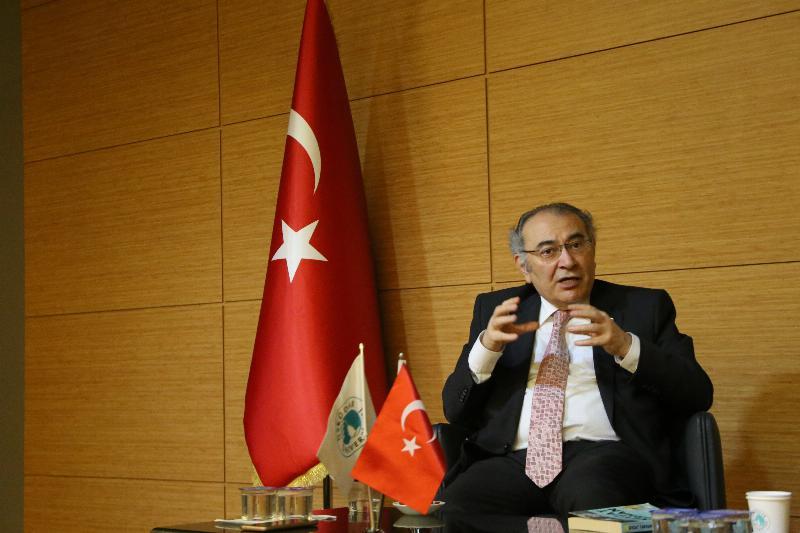 Kitap kulübünün konuğu Prof. Dr. Nevzat Tarhan oldu 2