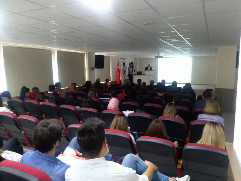 Prof. Dr. Muhsin Konuk 10'uncu Biyoloji Günlerine katıldı