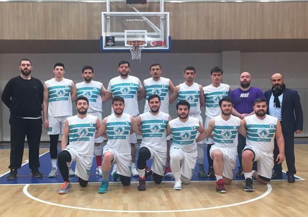 Üsküdar Üniversitesi erkek basketbol takımı çeyrek finalde