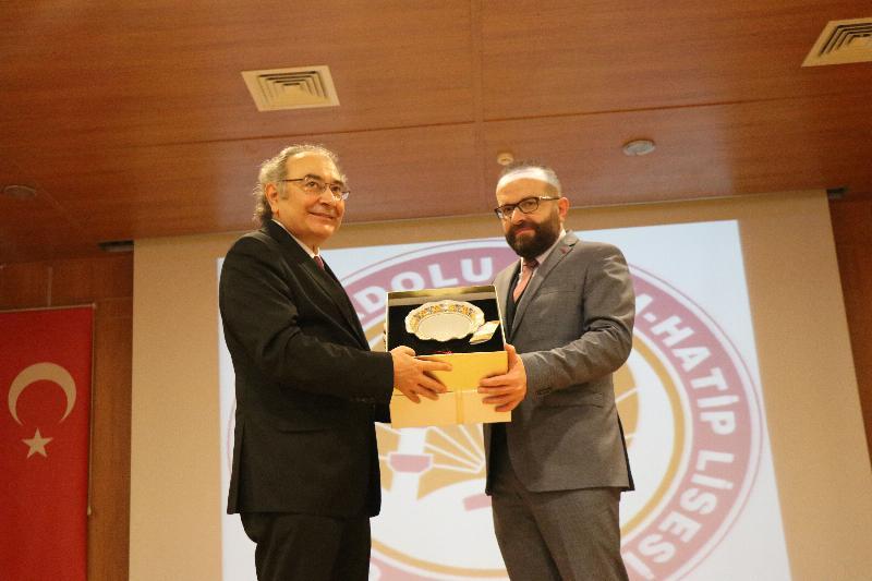 """Prof. Dr. Nevzat Tarhan: """"İmam Hatipler Türkiye'nin şansıdır"""" 3"""