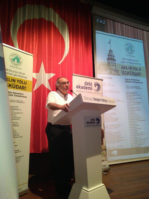 Prof. Dr. Nevzat Tarhan, Mersin'de konferans verdi