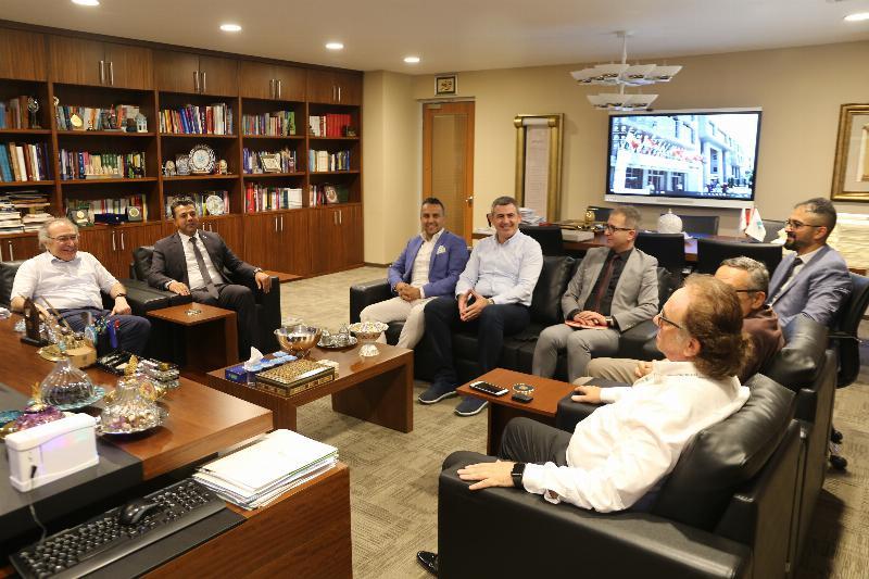 Merzifon Vakfı'ndan Prof. Dr. Nevzat Tarhan'a ziyaret