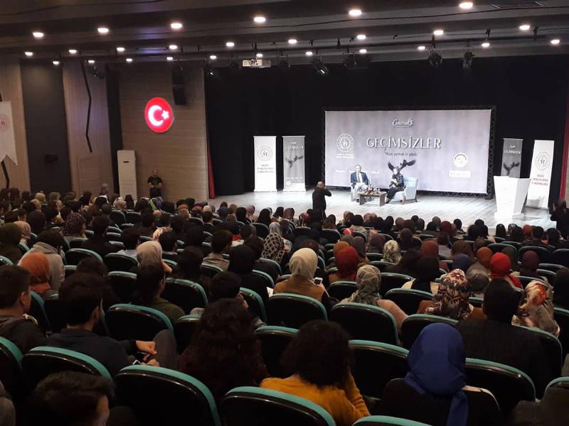 "Prof. Dr. Nevzat Tarhan: ""Çağın illeti narsisizm"""