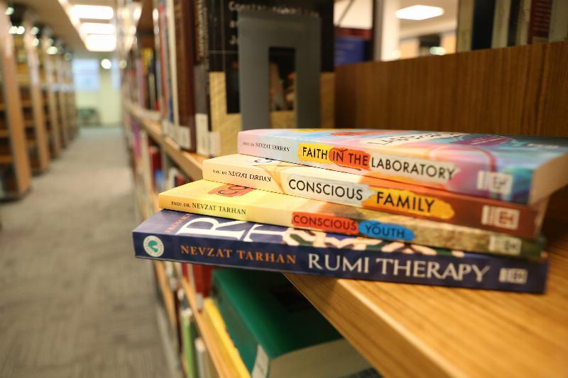 Prof. Dr. Tarhan'ın iki kitabı daha İngilizceye çevrildi