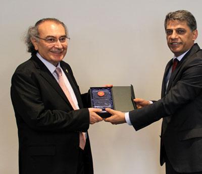 Prof. Dr. Nevzat Tarhan Cumhurbaşkanlığı çalışanlarına stresle mücadele ve ikna psikolojisi eğitimi verdi