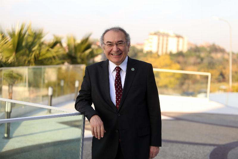 """Prof. Dr. Nevzat Tarhan: """"Güçlü bir aile için birlikte zaman geçirmek önemli"""""""