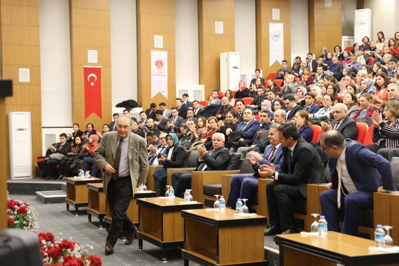 """Prof. Dr. Nevzat Tarhan: """"Aile saadeti için 5S - 1M kuralı uygulanmalı!"""""""
