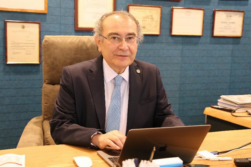 """Prof. Dr. Nevzat Tarhan: """"Koronafobi, hayatı kısıtlıyor"""""""
