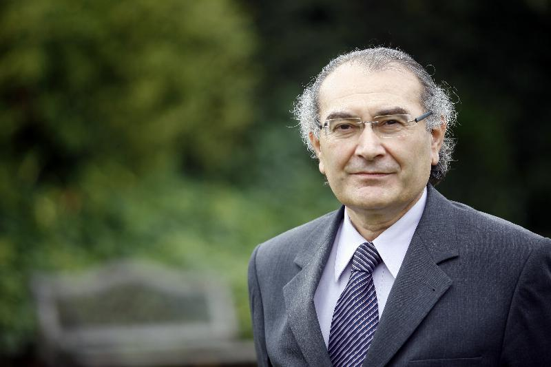 """Prof. Dr. Nevzat Tarhan: """"Virüsü Düşman Olarak Görmeyelim"""""""