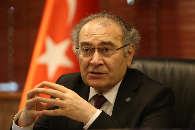 """Prof. Dr. Nevzat Tarhan: """"Uyuşturucu Kullanımının Üç Ana Sebebi Var"""""""